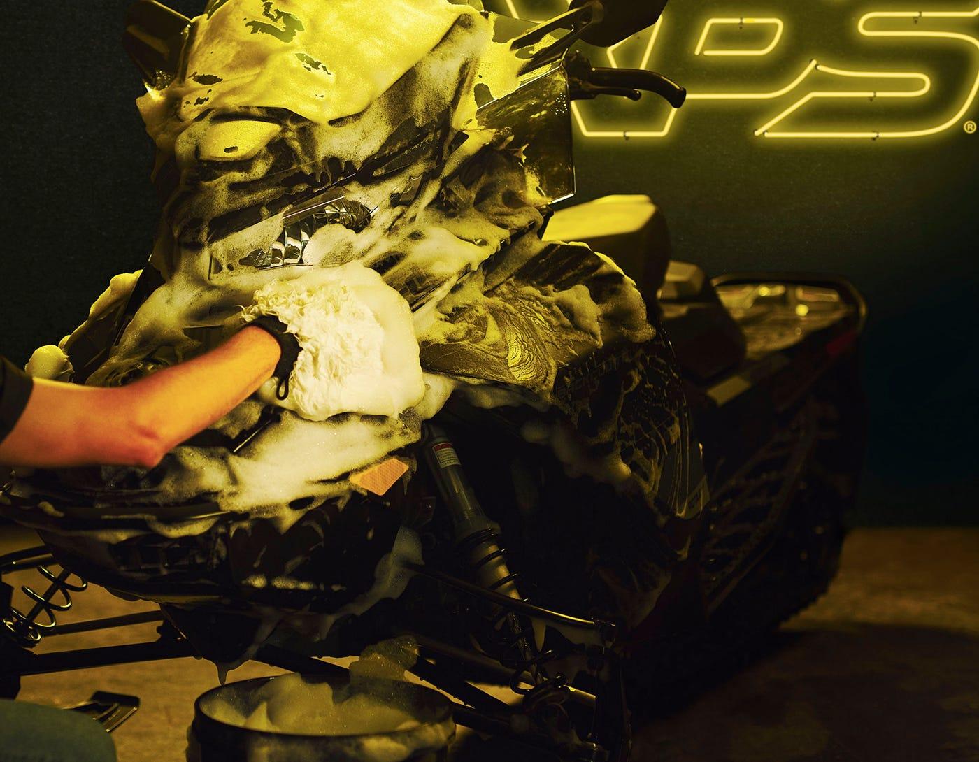 Produits d'esthétique et entretien XPS pour motoneige