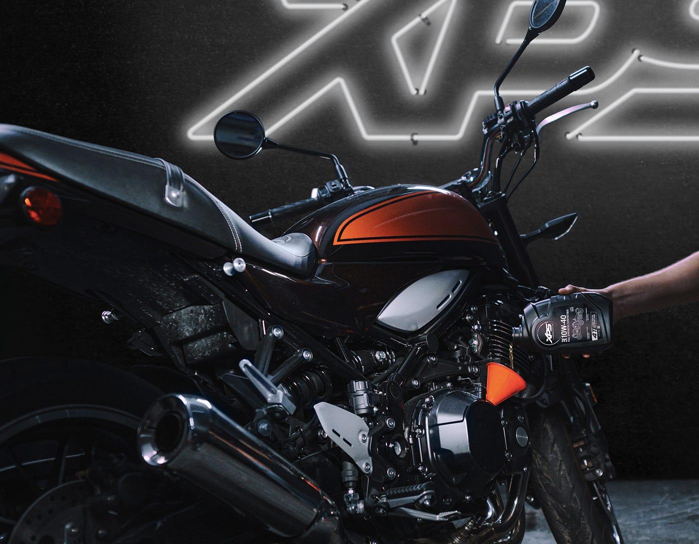 Huile à moteur pour moto